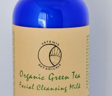 green_tea_facial_cleansing